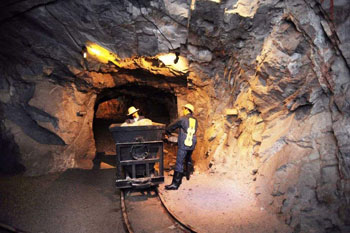 The Importance of Gas Detector in Mine Enclosed Spaces